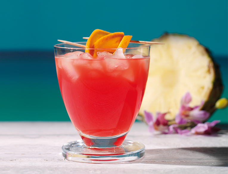 Jamaican punch cocktail
