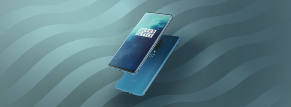 The New Flagship Smartphone OnePlus 8 Pro Received a Record Display Brightness